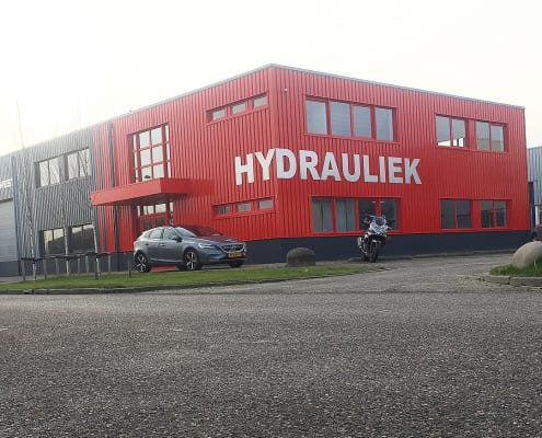 Exterieursigning Hydrowest pand geplakt
